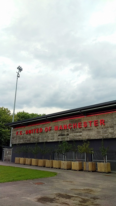 FC United of Manchester (480 x 852) (Zur Grossansicht klicken)